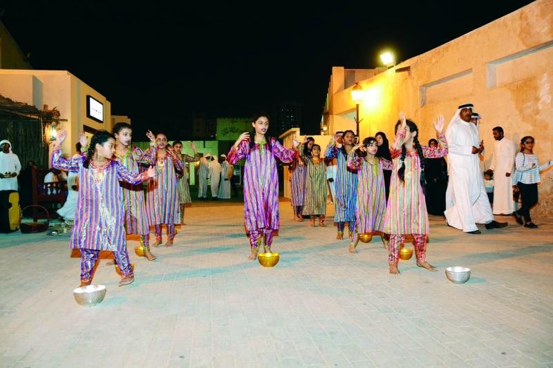 افتتاح أيام الشارقة التراثية في خورفكان