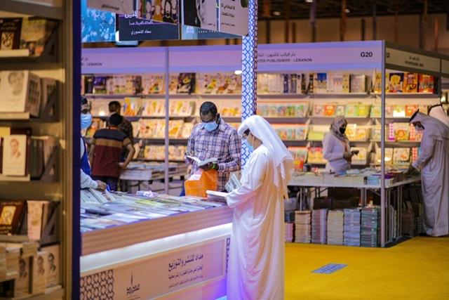 حاكم الشارقة يأمر بإعفاء جميع دور النشر من رسوم المشاركة في الشارقة للكتاب