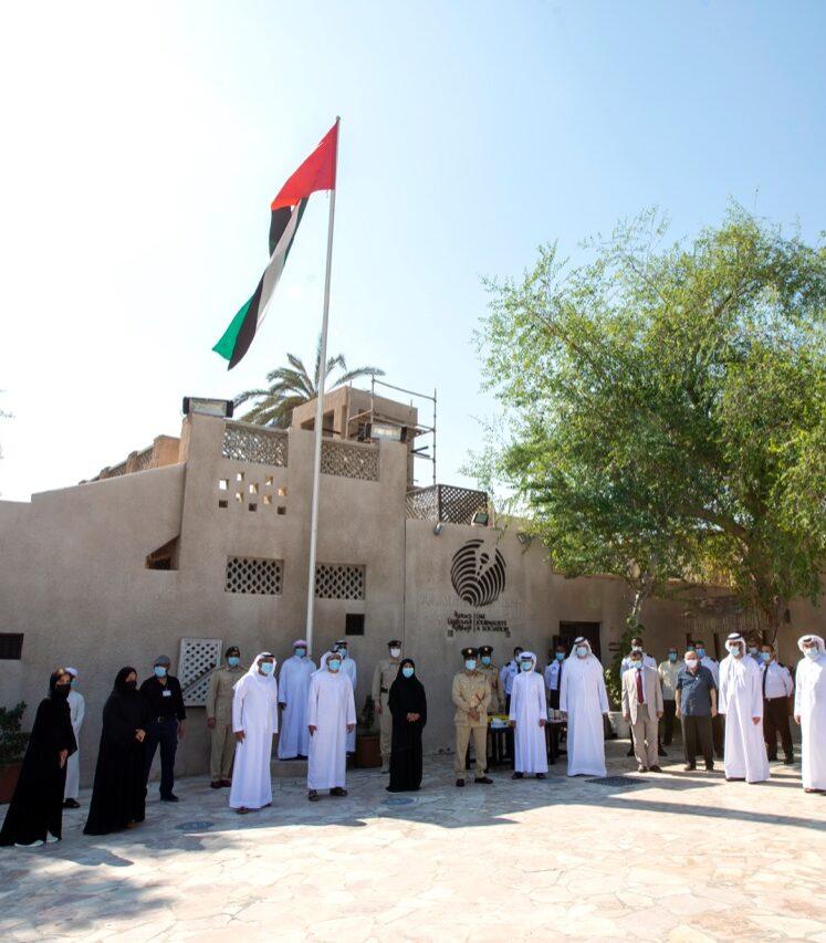 جمعية الصحفيين الإماراتية تحتفل بيوم العلم
