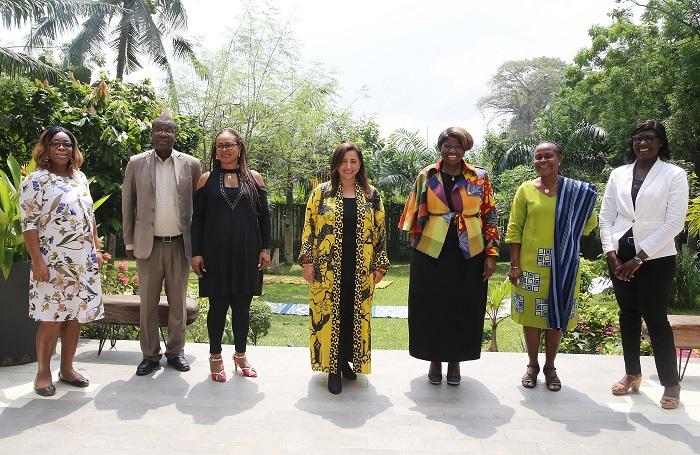 """رئيس """"الاتحاد الدولي للناشرين"""" تطلع على واقع صناعة النشر في ساحل العاج"""