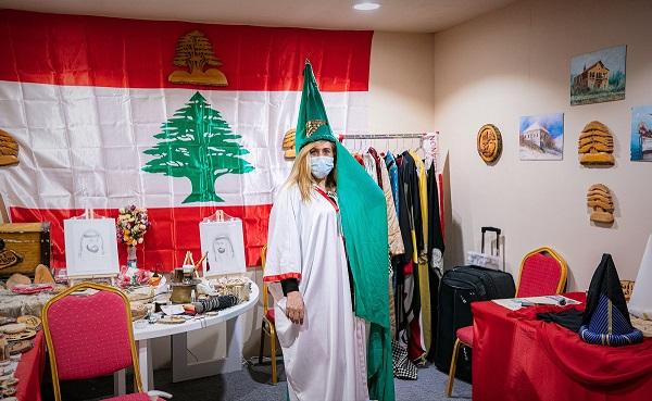 """حكايات الأرز وألغار سفن الفينيق يرويها الركن اللبناني في """"أيام الشارقة التراثية 18"""""""