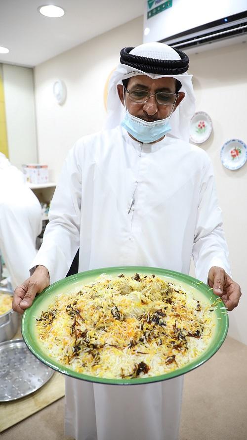الزربيان العدني.. زعفران وفحم والكثير من أسرار المطبخ اليمني