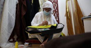 البشت العربي.. أناقة الرجولة ورمز العزة والهيبة