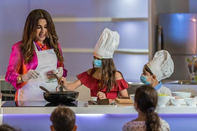 الشيف غادة التلي ترافق الصغار في مغامرة تذوق المأكولات المكسيكية